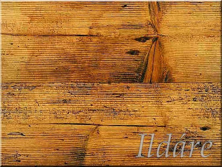 Bontott, szegtelenített, tisztított antik deszka falburkoló