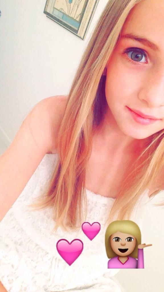 on snapchat... Username: Lauren-Orlando
