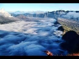 Paket Wisata B29 Negeri di Atas Awan Lumajang B29 atau di kenal dengan sebutan negeri di atas awan terletak di desa argosari lumajang