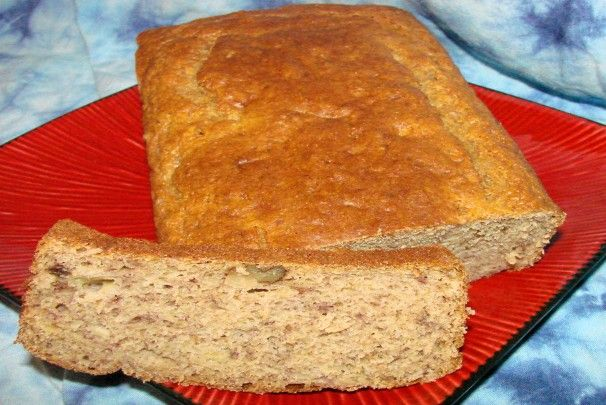 Banana Nut Bread With Yogurt and Whole Wheat Flour. Photo by Boomette
