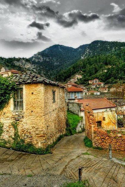 Polydrosso (or Tsintzina), Mountainous Lakonia, Greece