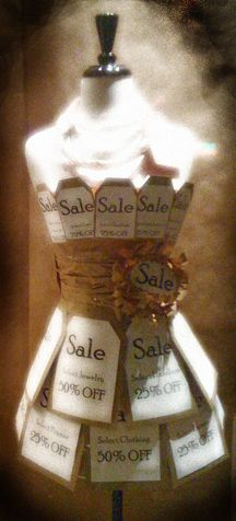 Children's Store Displays « Retail DetailsAnnounce a SALE with a dress form inside the door, in the store window or the entryway to a designated SALE area. This is a good example from Stella e Luna in Point Pleasant, NJ.