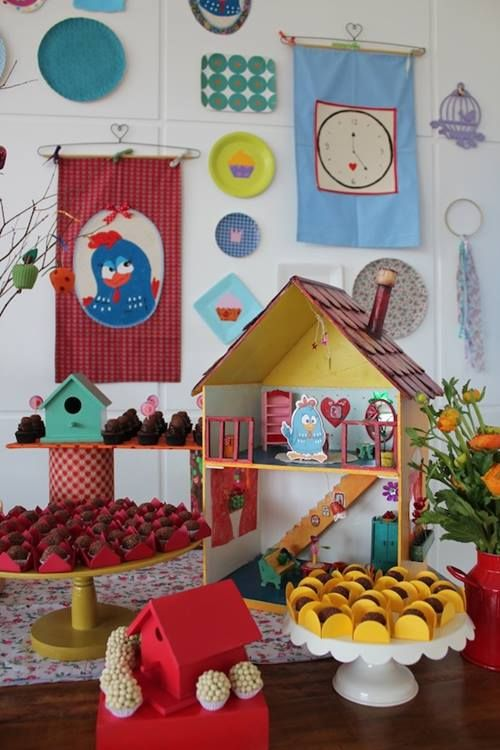 fiesta temtica de la gallina pintadita para los ms peques fiesta infantil de la gallina