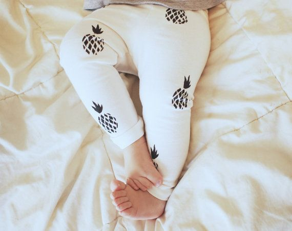 Baby Leggings- Ivory & Black Pineapple Print