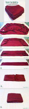 Ti sei mai chiesto qual è il modo migliore per piegare un lenzuolo con gli angoli? E le buste di plastica? Buzzfeed ha raccolto 25 tutorial che renderanno più facile la tua vita in casa. Noi ne abbiam...