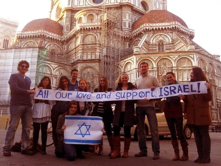 Students in Florence, Italy show support for Israel.