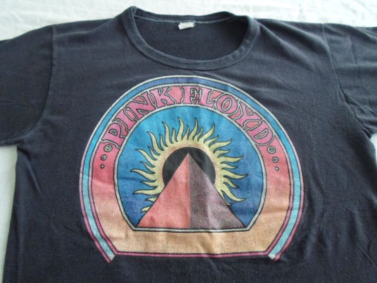 Vintage Pink Floyd T-Shirt Pyramid Sun Made in USA Small S Medium M 70s ?