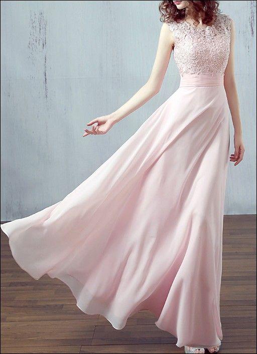 Brautjungfernkleid mit Spitzentop und Chiffonrock