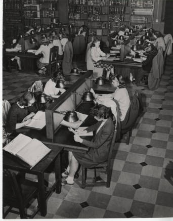 Students studying in reading room of Williston Memorial Library, ca. 1940s :: Archives & Special Collections Digital Images