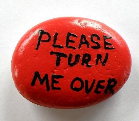 Еще один полезный фразовый глагол от TURN! Представляем вашему вниманию TURN OVER!   перевод: переворачивать, перелистывать; делать оборот, иметь оборот, продаваться; обдумывать   пример: I need to turn this problem over. - Мне нужно обдумать этот вопрос   #английскийслова #английскийвесело #fluentenglish #английскийскайп #английскийпоскайп #разговорныйанглийский #английский #английскийснуля #английскийчерезskype