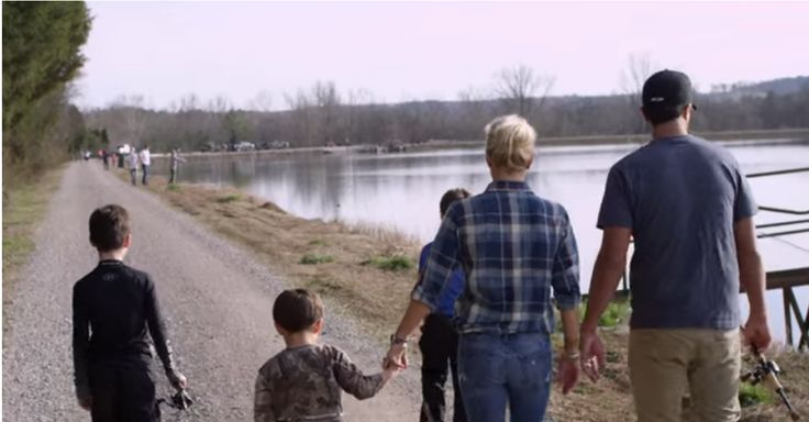 Luke Bryan reveals the truth about living in a house with three boys