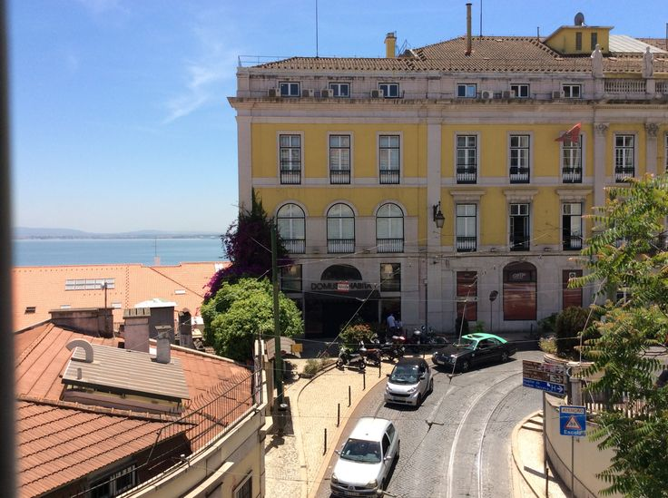 Portugal, Lisboa. Barrio Baixa Chiado. Hermoso!