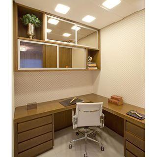Home Office Por Mariane E Marilda Baptista #homedecor #interiordesign  #decoração #escritório Part 79
