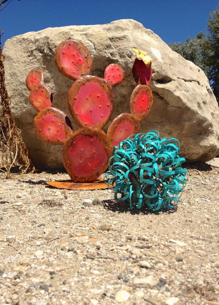 Southwestern Combo. Garden Art, Metal Sculptures,Metal Garden Sculpture, Metal Cactus, Metal Agave, Garden Decor, Southwestern Decor by TopangaPatina on Etsy