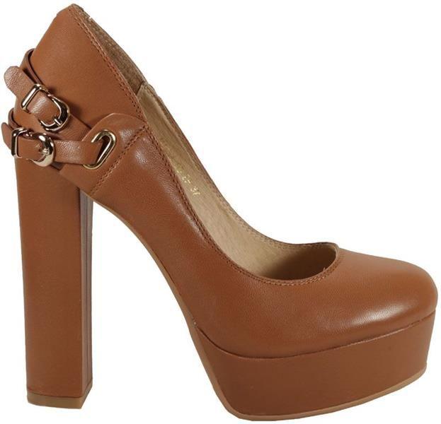 Модная обувь на устойчивом каблуке