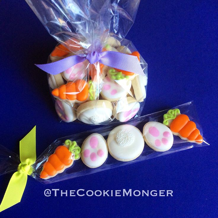 Easter Minis! ~ The CookieMonger ~ We can turn any idea into awesome cookies!  Located in Bakersfield, California.  We ship nationwide!  Email thecookiemonger@outlook.com for info.