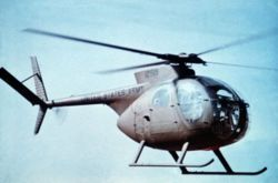 OH-6 Right side.jpgHughes OH-6 CayuseOH-6 Right side.jpgTransporte de personal, escolta y misiones de ataque, y observación.Hughes OH-6Flag of the United States.svg Estados Unidos