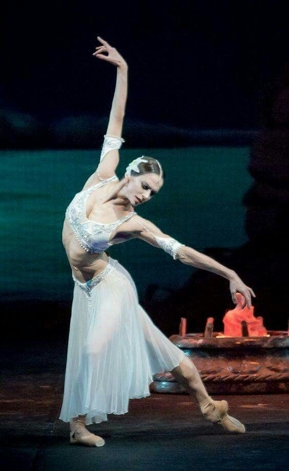 "<<Polina Semionova (American Ballet Theatre) as Nikiya in ""La Bayadère"" # Photo © Jack Devant>>"