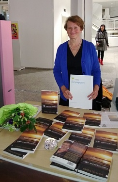"""Congratulations to EAC affiliate Elettha Schoustra-van Beukering for winning the Kartiniprijs 2013 for her book on """"export brides,"""" 'Kansen en hindernissen voor exportbruiden'! And also thanks for attending our first-ever symposium last Thursday!"""
