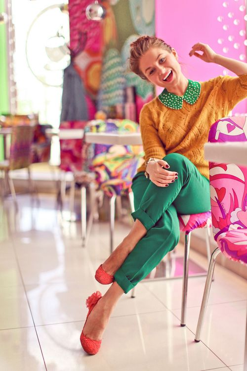 tumblr_m86iqmylwo1ryhvtmo1_500.jpg (500×750)Mustard Sweaters, Colors Combos, Fashion Mixed Colors Woman, Fashion Style, Clothing, Red Shoes, Outfit, Fashion Inspiration, Bright Colors