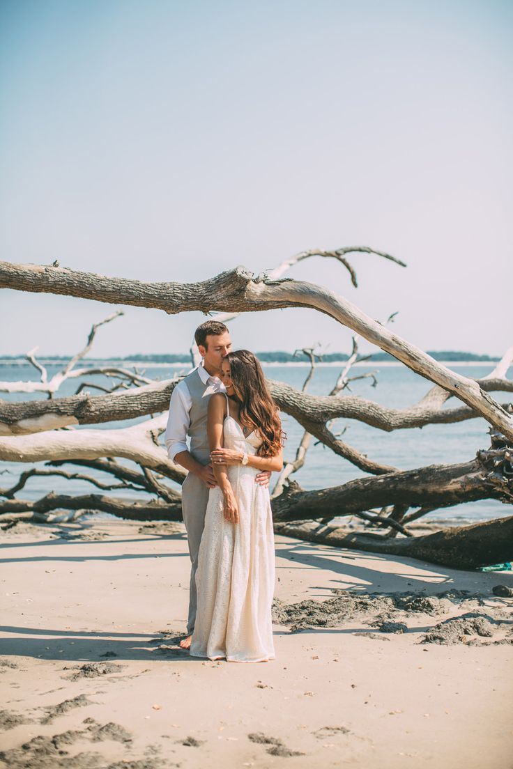 Big Talbot Island driftwood beach engagement session by chelseaerwin.com
