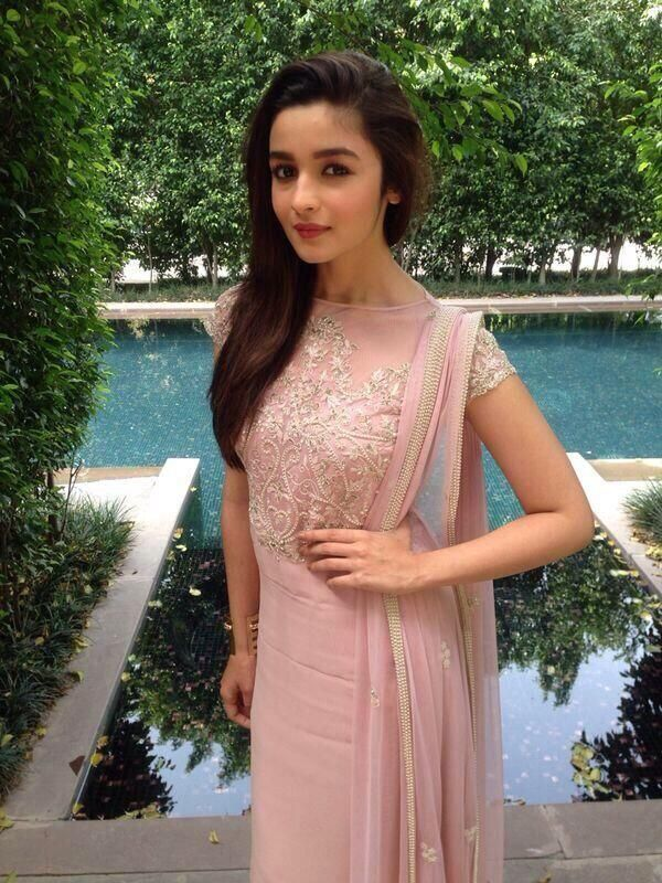 145 best celebrities images on pinterest bollywood fashion highway is my most special film alia bhatt flickside thecheapjerseys Gallery