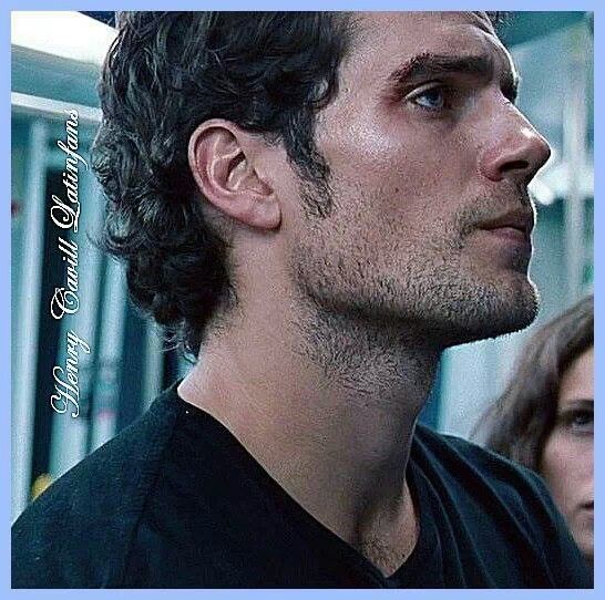 """Henry Cavill in """"The Cold Light of Day"""""""