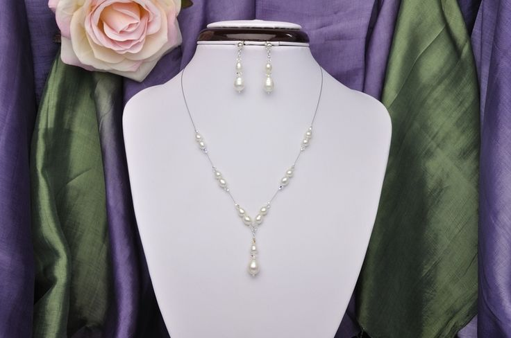 Perlenkette mit Ohrstecker in Y-Form von Brautschmuck Onlineshop von TuktaDesign auf DaWanda.com