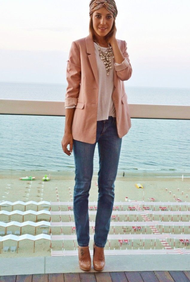 Jeans will look good with almost any pastel color