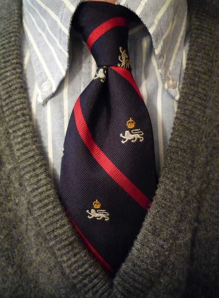 heavytweedjacket: Standing at the corner of Brooks Brothers & Ralph Lauren waiting for the light to change. B² Blazer Stripe shirt, RL Polo tie, and a Scott & Charters sweater. Enjoying a late afternoon cup of milk tea & some biscuits.