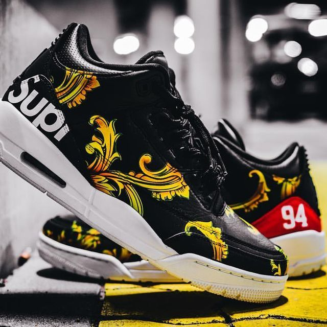 Air Jordan 3 supreme 🌺 custom.  Love these a lot. Can't wait for the summer to come!😂😂😂. Pic made by the homie @flashbackzhh. An absolute  killer in his field. 🔫 #airjordan #jordans #airjordan3 #supreme #flowers #supremecustoms #supremenyc #sneakerhead #sneaker #sneakeraddict #sneakersurgery #sneakerfreaker #custom #aceofcustoms #sneakerholics #hamburgcustom #kicksonfire #hypebeast #complexsneakers #solecollector #modernnotoriety #hypefeet #sneakergallery #streetwear #highsnobiety