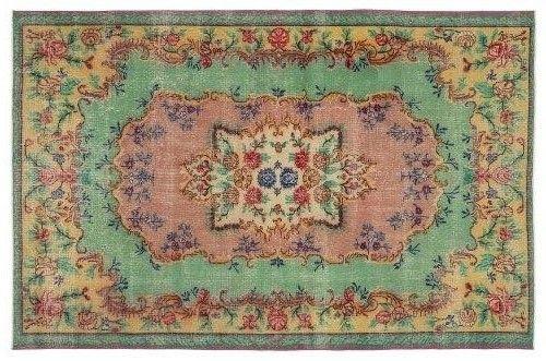 Vintage isparta rug, nice soft pastel colours