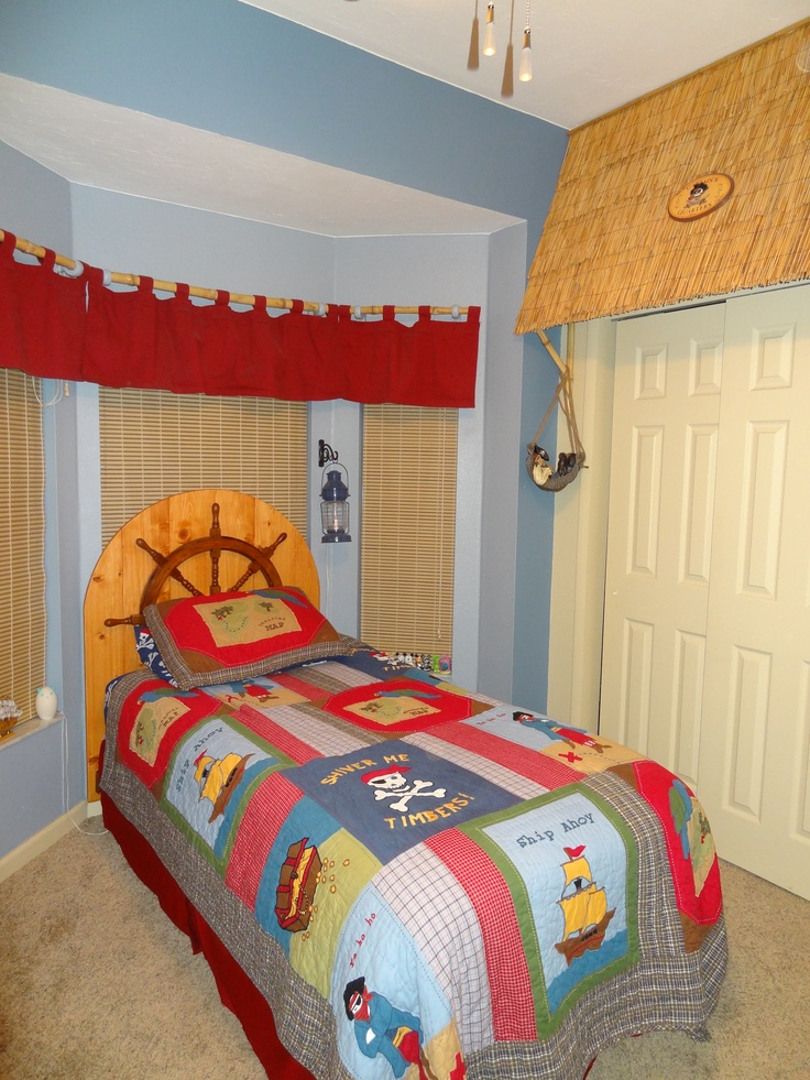 37 best underwater wall theme ideas images on pinterest for Boys pirate bedroom ideas