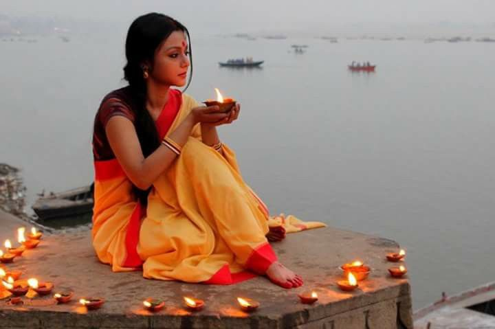 ~ Surround yourself with love. Protect your heart with peace. Live your life in light #Varanasi #India