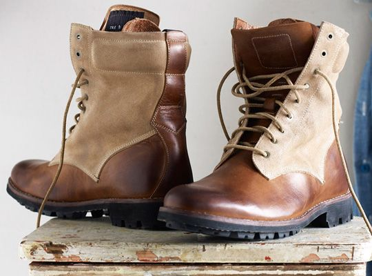 Announced earlier this year, the new collaborative collection of boots between rag & bone and Timberland for Fall 2010 is coming to stores in the following weeks. The menswear brand has worked on some beautiful boots for the new season, …