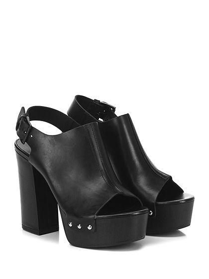 VIC MATIE - Sandalo alto - Donna - Sandalo alto in pelle con cinturino su retro e borchie laterali. Suola in gomma, tacco 120, platform 40 con battuta 80. - BLACK - € 249.00