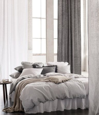 PREMIUM QUALITY. Duvet cover set in washed linen with double-stitched seams at edges | H&M Home