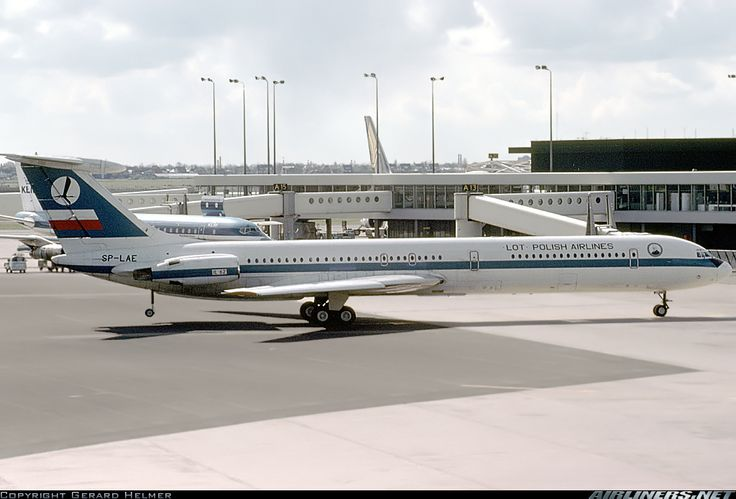 LOT - Polish Airlines / Polskie Linie Lotnicze SP-LAE Ilyushin Il-62 aircraft picture