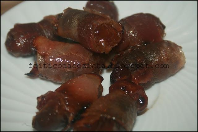 O Feitiço da Cozinha: Tâmaras Enroladas em Bacon