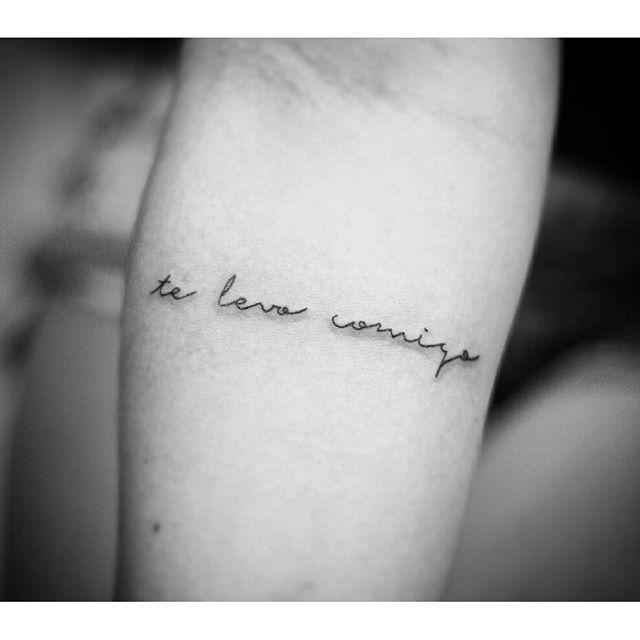 """Tatuagem feita por <a href=""""http://instagram.com/misscamafeu"""">@misscamafeu</a> - Quem você leva sempre com você?  Veronicka Lazarini  Tatuadora em Lazarini Tattoo Shop Rua Alagoas, 1460 loja 16 - Savassi Belo Horizonte / MG Contato por Whats (31) 99132-42.17 ou facebook www.facebook.com.br/veronickatattoo"""