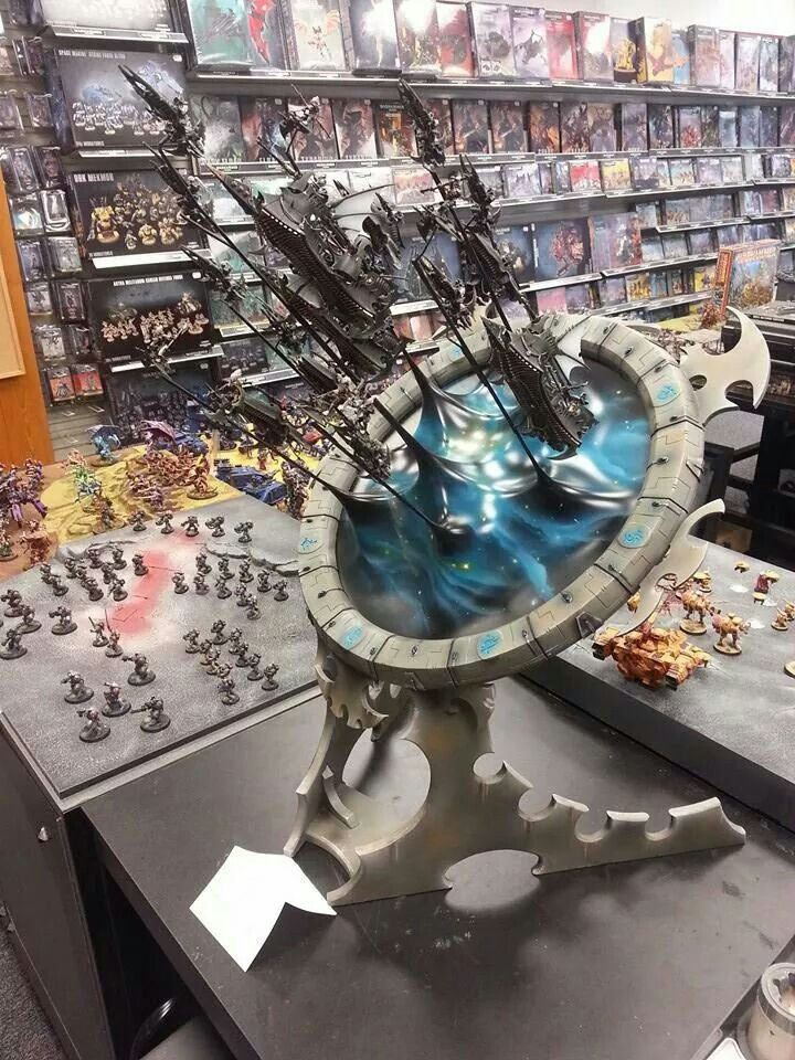 Dark Eldar army pours out of the Webway