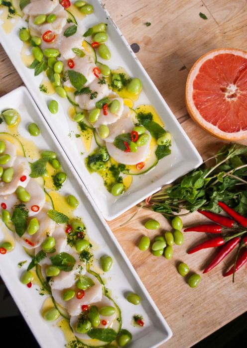 Scallop Crudo with Grapefruit, Edamame, Zucchini, Mint Oil ... pair with a glass of Muscadet, says the chef ;)