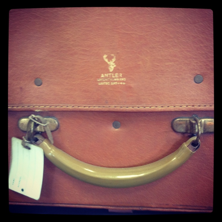 Close up of some classic Vintage Antler Luggage  #antlerluggage #antlervintage #vintageluggage #antler #travel #luggage