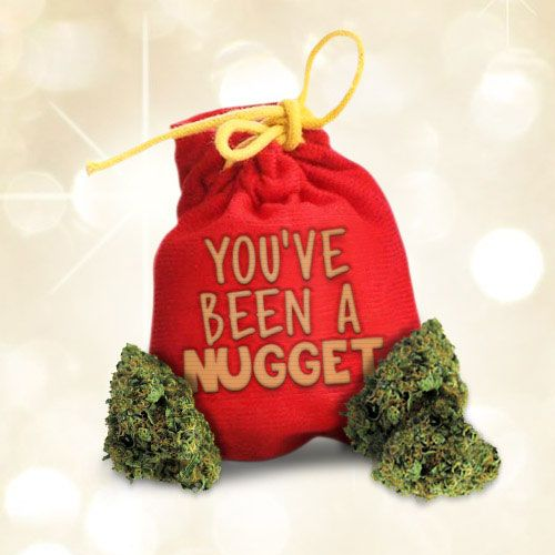 Dreaming of a green Christmas... #happyholidaze #nuglife
