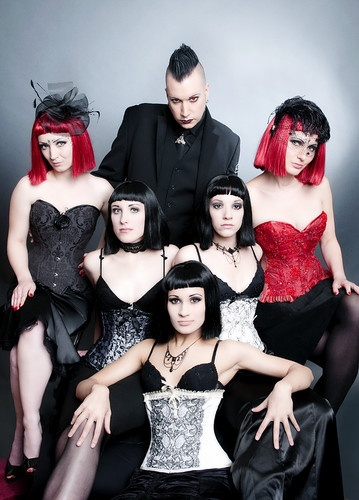 Blutengel.  Omg... Chris is so sexy.  *droolage*