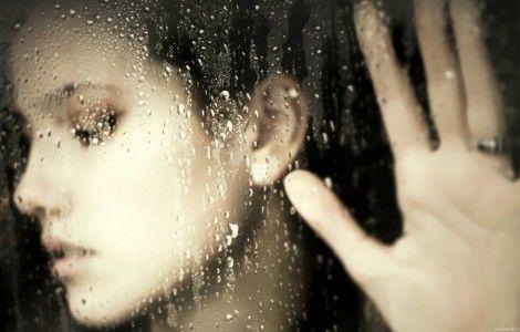 #006 Girls Rain Window Cute