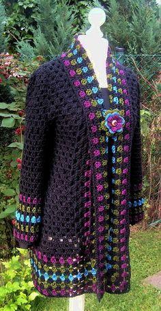 schwarz bunt Häkeljacke Granny Größe 40/42 von mädchenträume auf DaWanda.com