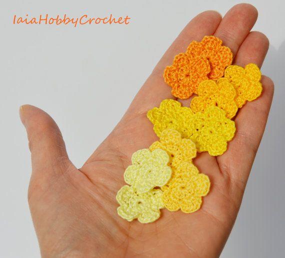 10 piccoli fiori Crochet, uncinetto fatto a mano, piccoli fiori Crochet, tonalità di giallo, Appliques Fiori - set da 10