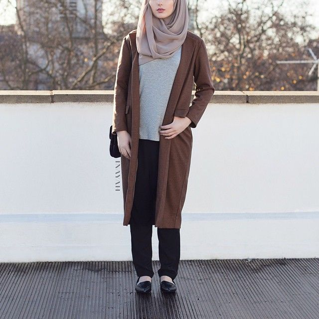 INAYAH | Tan Duster #Coat + Grey Basic #Top + Mink Maxi Georgette #Hijab www.inayahcollection.com