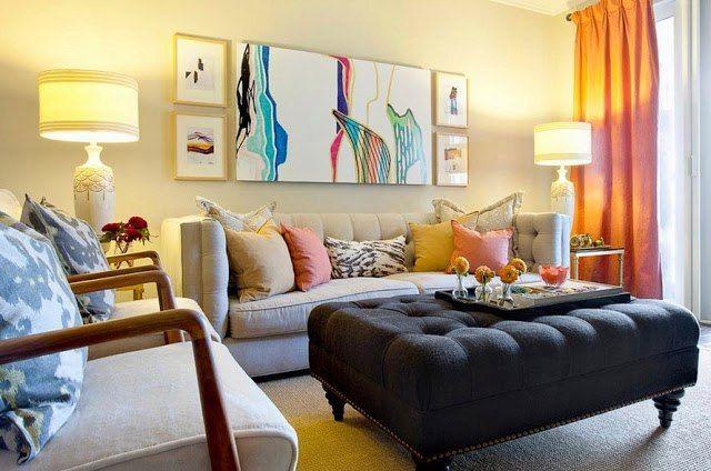 Оттоманка считается довольно универсальным предметом мебели. Это так называемый пуфик для сидения или ног. С давних времен такие пуфы украшают гостиные во всем мире. В наше время этот предмет мебели может быть максимально разнообразным - круглые, квадратные, кожаные, текстильные. Любой вид оттоманки непременно станет украшением для любой комнаты, независимо от стиля, в котором они выполнены.   #строители #поиск_строителей_украины